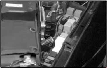 1997–2001 Cadillac Catera Fuse Box Diagram