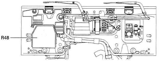 2005 Renault Midlum fuse box diagram